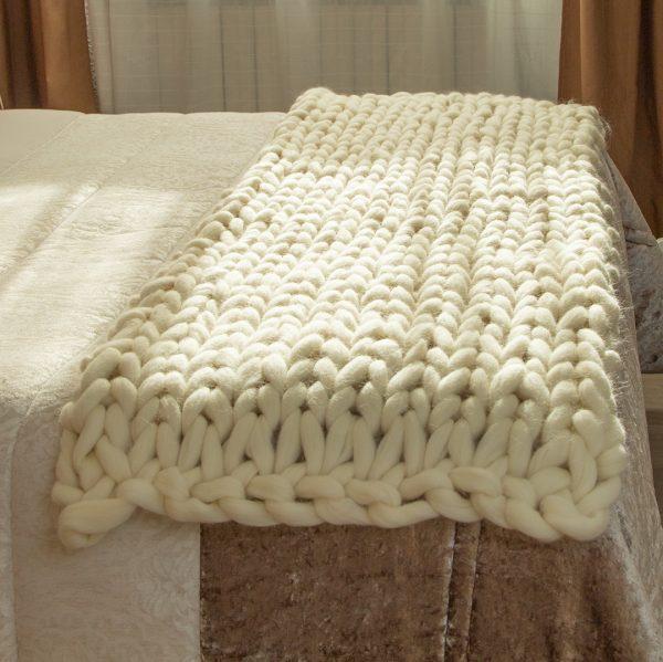 Manta lana Merino pie de cama
